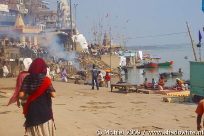 cremation, Manikarnika burning Ghat, Ganges river, Varanasi, Uttar Pradesh, India, India 2009,travel, photography