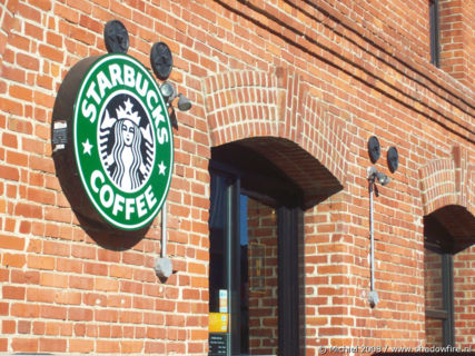 Starbucks, Fishermans Wharf, San Francisco, California, United States 2008,travel, photography