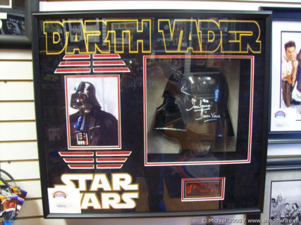 Star Wars,Dart Vader,helmet, Pier 39, Fishermans Wharf, San Francisco, California, United States 2008,travel, photography